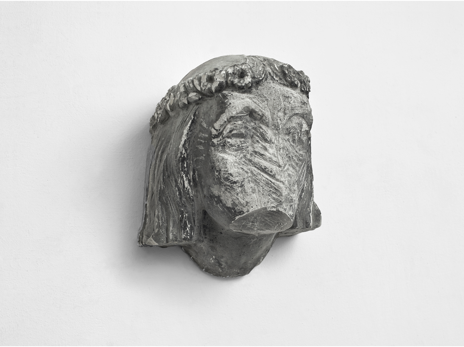 ACTUS PURUS / Godess / 2016 / 36 x 40 x 30 cm / plaster