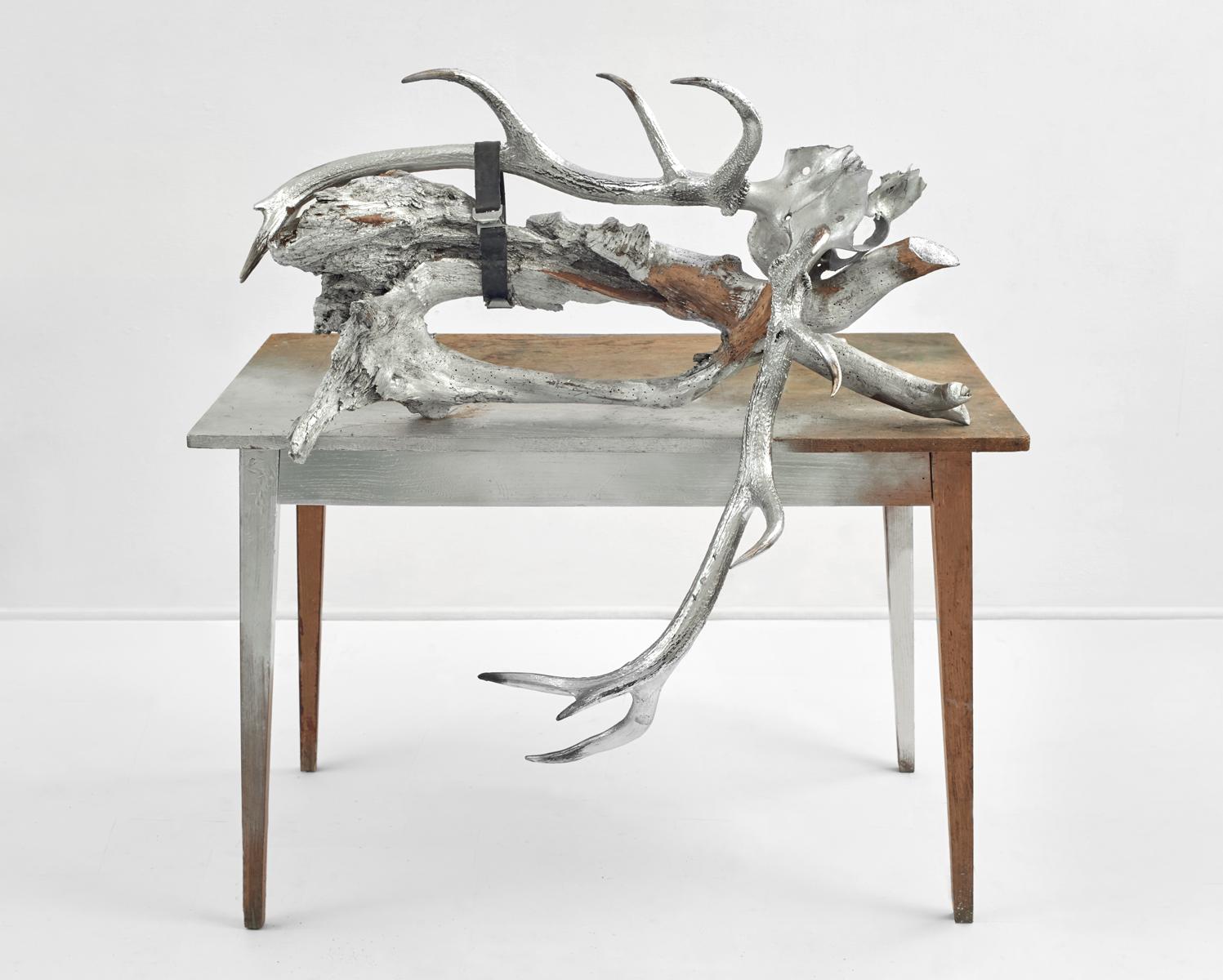 ACTUS PURUS / Bough / 2016 / 100 x 141 x 83 cm / table, bough, horns, strapping belt, enamel